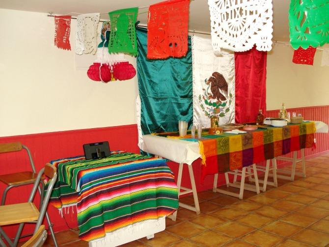 C mo organizar una aut ntica fiesta mexicana entre for Decoracion mexicana