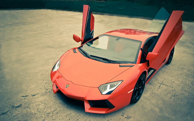 Lamborghini Aventador LP700-4 Rojo