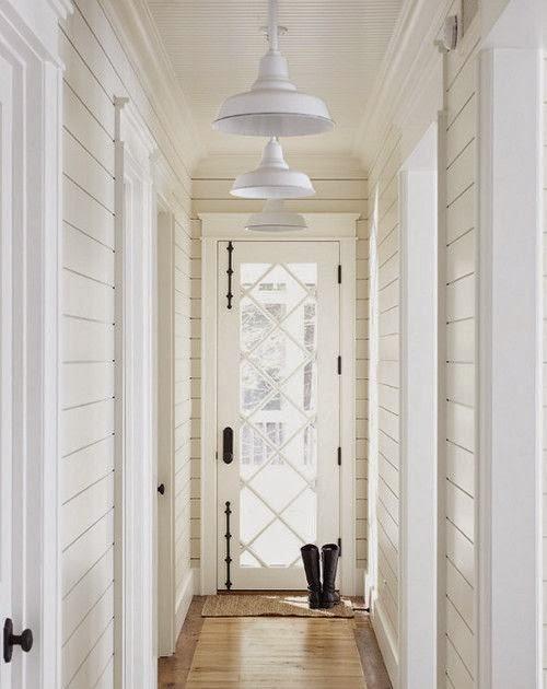 shiplap_hallway