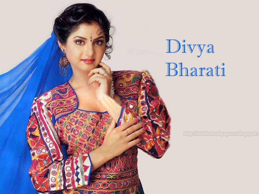 Tamil Actress Hd Wallpapers Free Downloads Divya Bharti Hd Wallpapers