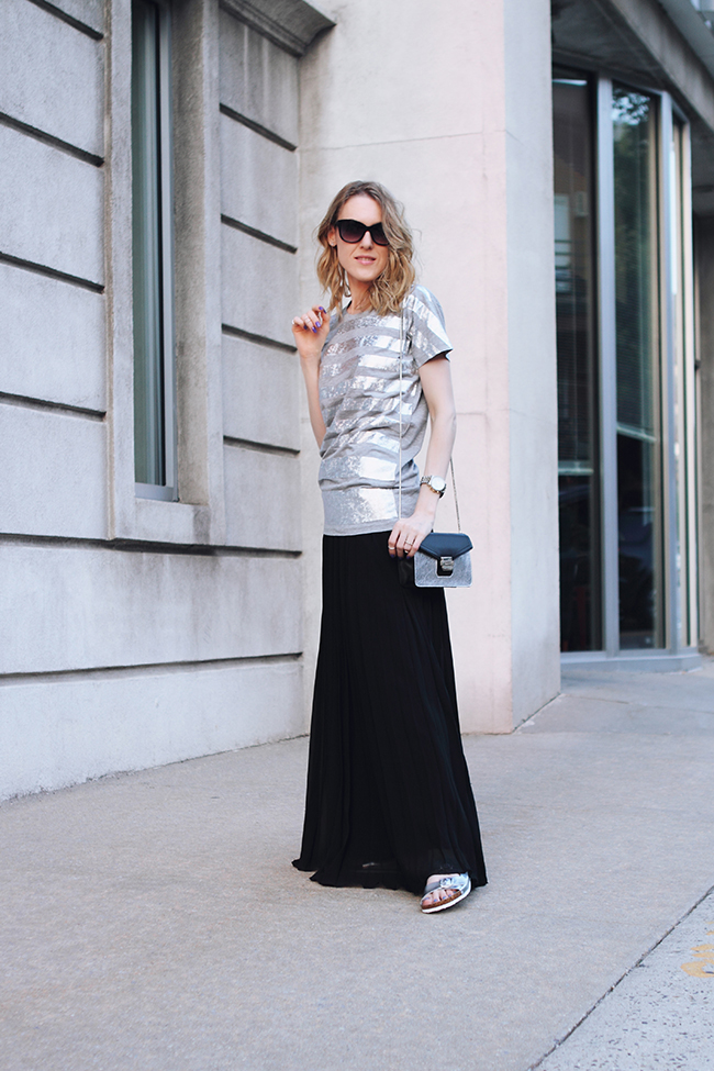 "by Victoria Wind of ""The Wind of Inspiration"" on how to wear a pleated maxi skirt and black+silver color combo #twoistyle #style #fashion #personalstyle #fashionblog #ootd #outfit"
