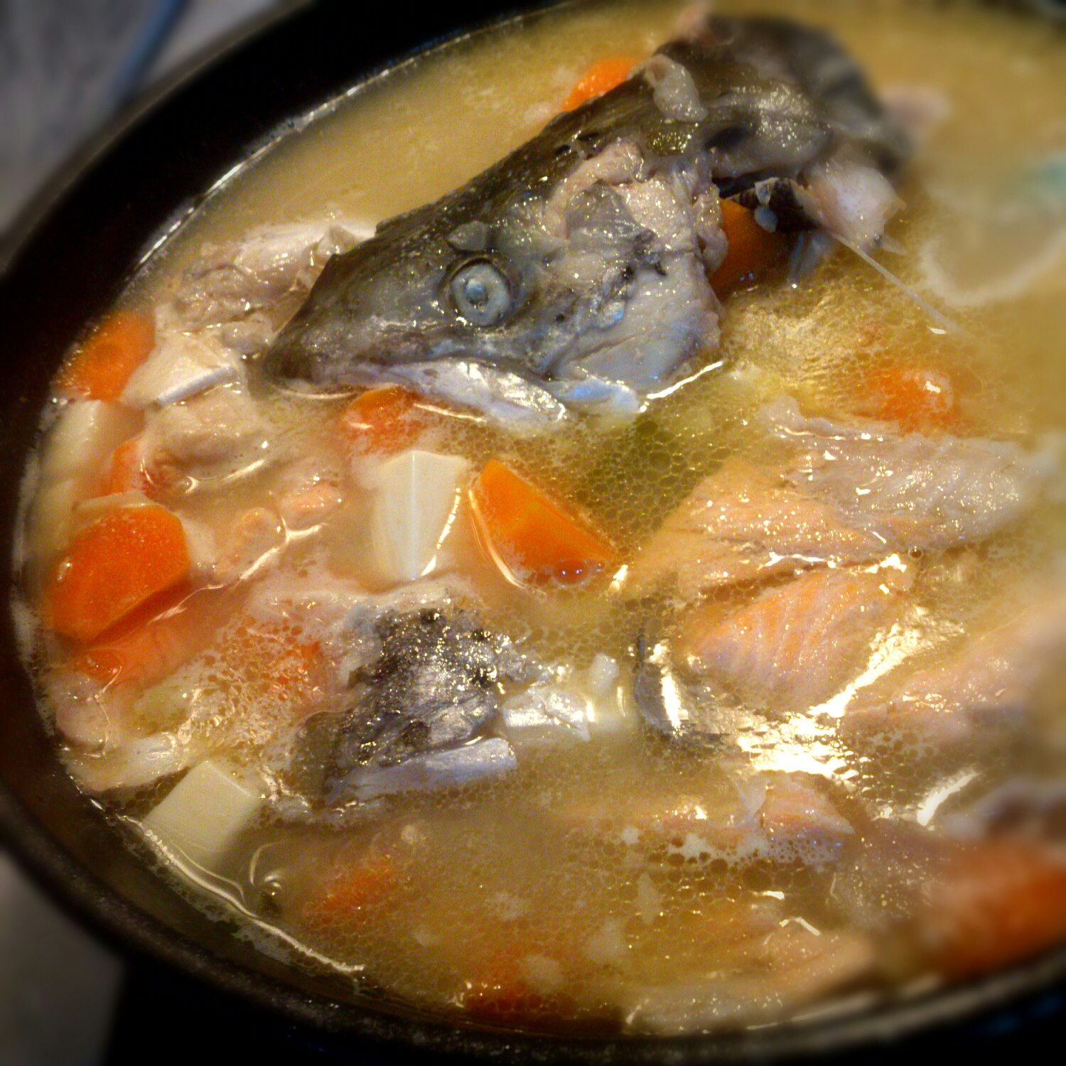 I hungry lah salmon fish head miso soup for Fish head soup recipe
