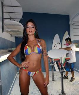Fotos Aline Riscado - Dançarina do Faustão 3