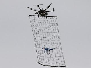 Skuad Khas oleh polis jepun bagi menangkap dron