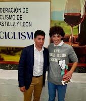 El navero Víctor García, premiado por la federación de ciclismo de Castilla y León