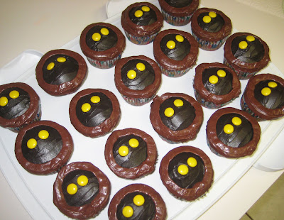 Star Wars Jawa Cupcakes - Angled View