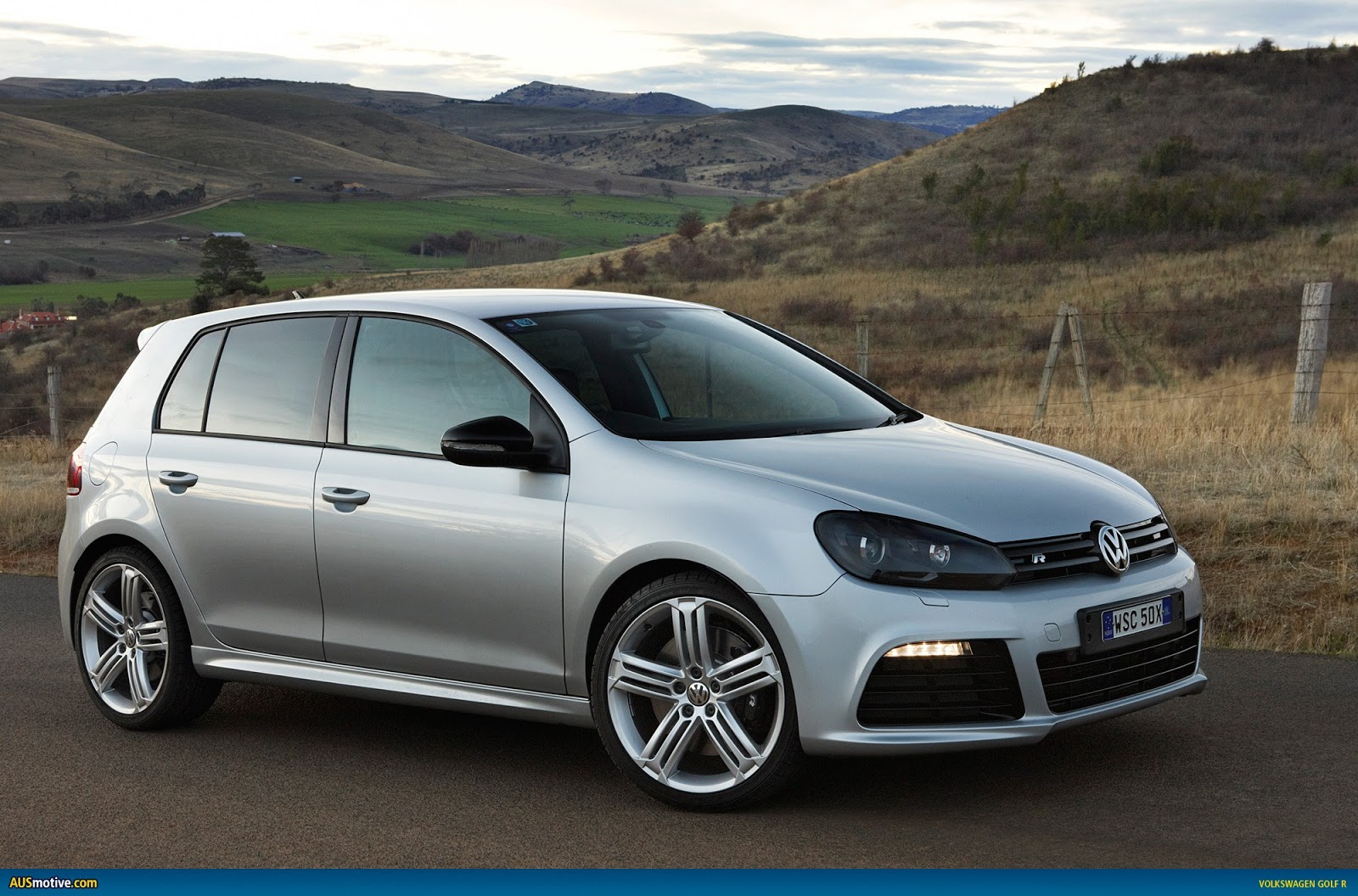 2015 volkswagen golf r cars. Black Bedroom Furniture Sets. Home Design Ideas
