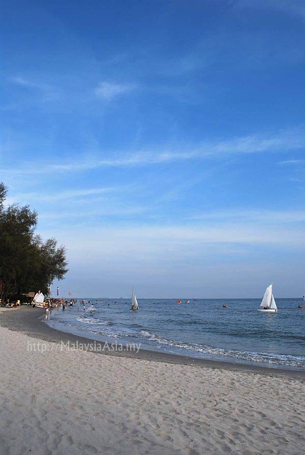 gold coast sepang beach. Sepang Gold Coast is my
