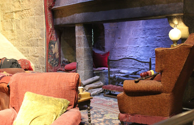 A picture of Gryffindor House common room at Hogwarts