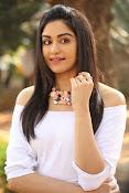 Adah Sharma glamorous photos-thumbnail-6