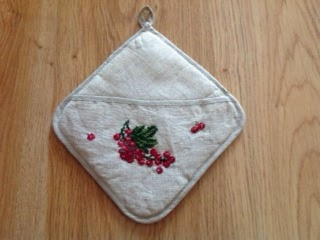 cross stitch potholder with free pattern