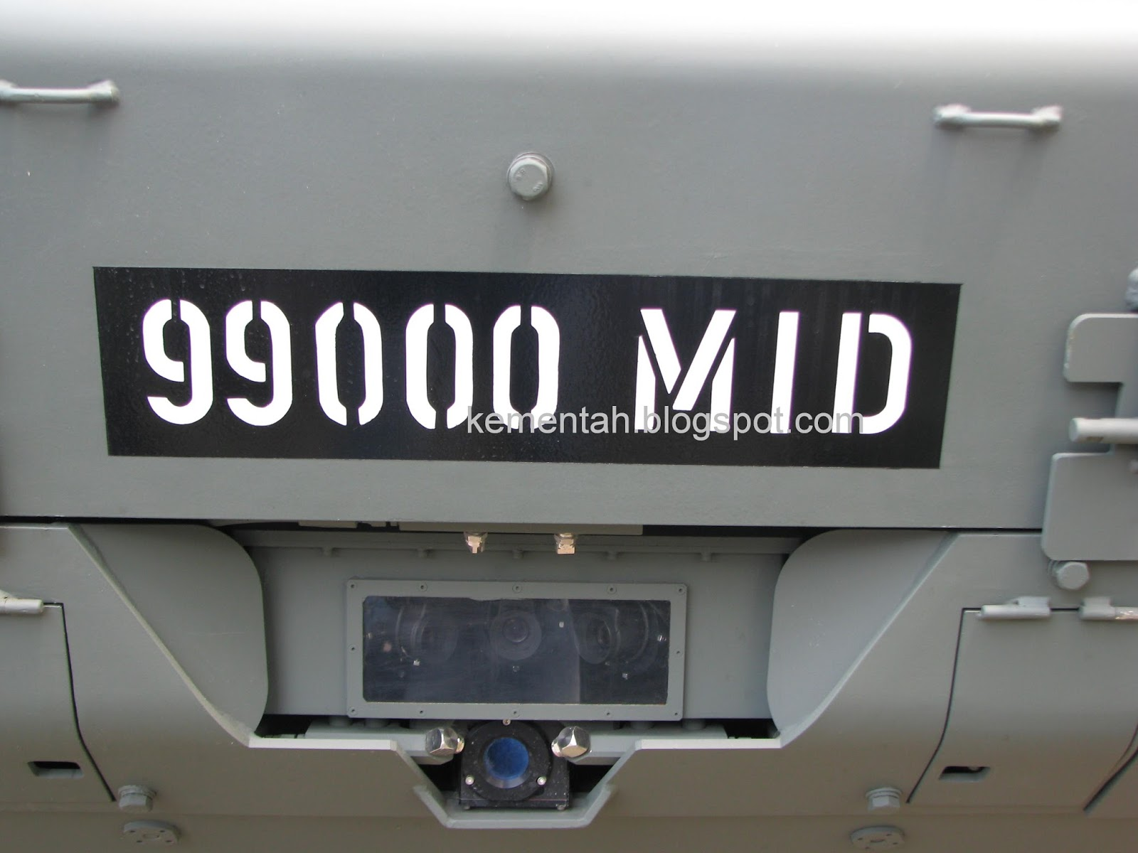 Car colour number plate - The Vehicle Type With The Highest Number Plate Series Is The Terrex These Have Been Observed With Plates Starting From 99000 Mid