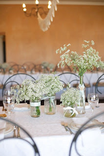Decoração de casamento com mosquitinho branco