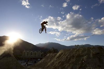 Sepeda Gunung MTB Downhill