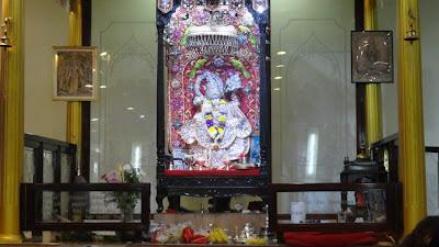 Hanuman in New York present during bhakti yoga lecture by Kripaluji Maharaj's devotee
