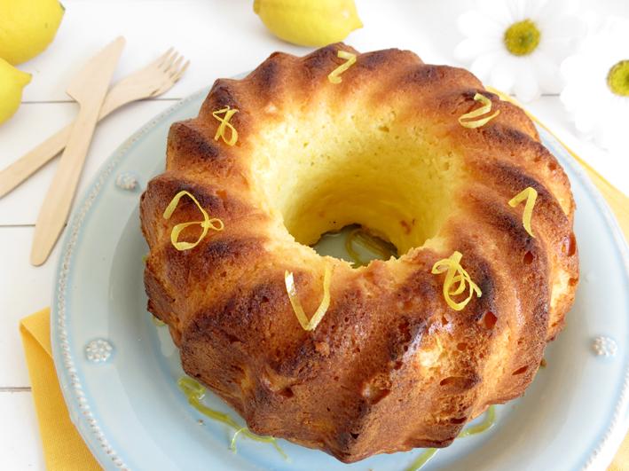 bolo de limão encharcado