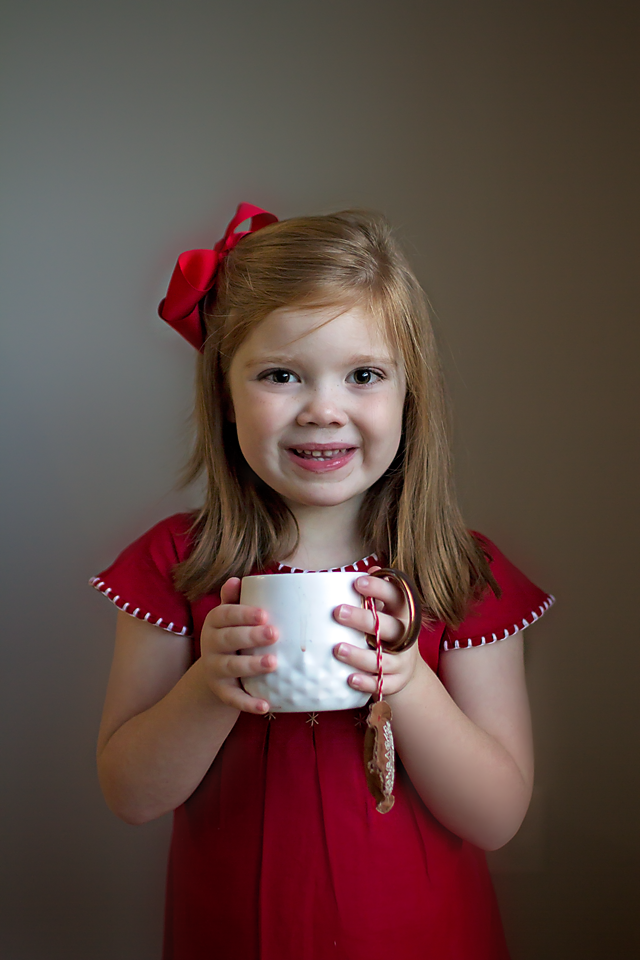 Celebrating Holiday Traditions | Gingerbread Hot Cocoa Recipe and Printable