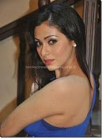 Sada, latest, cleavage, show, stills