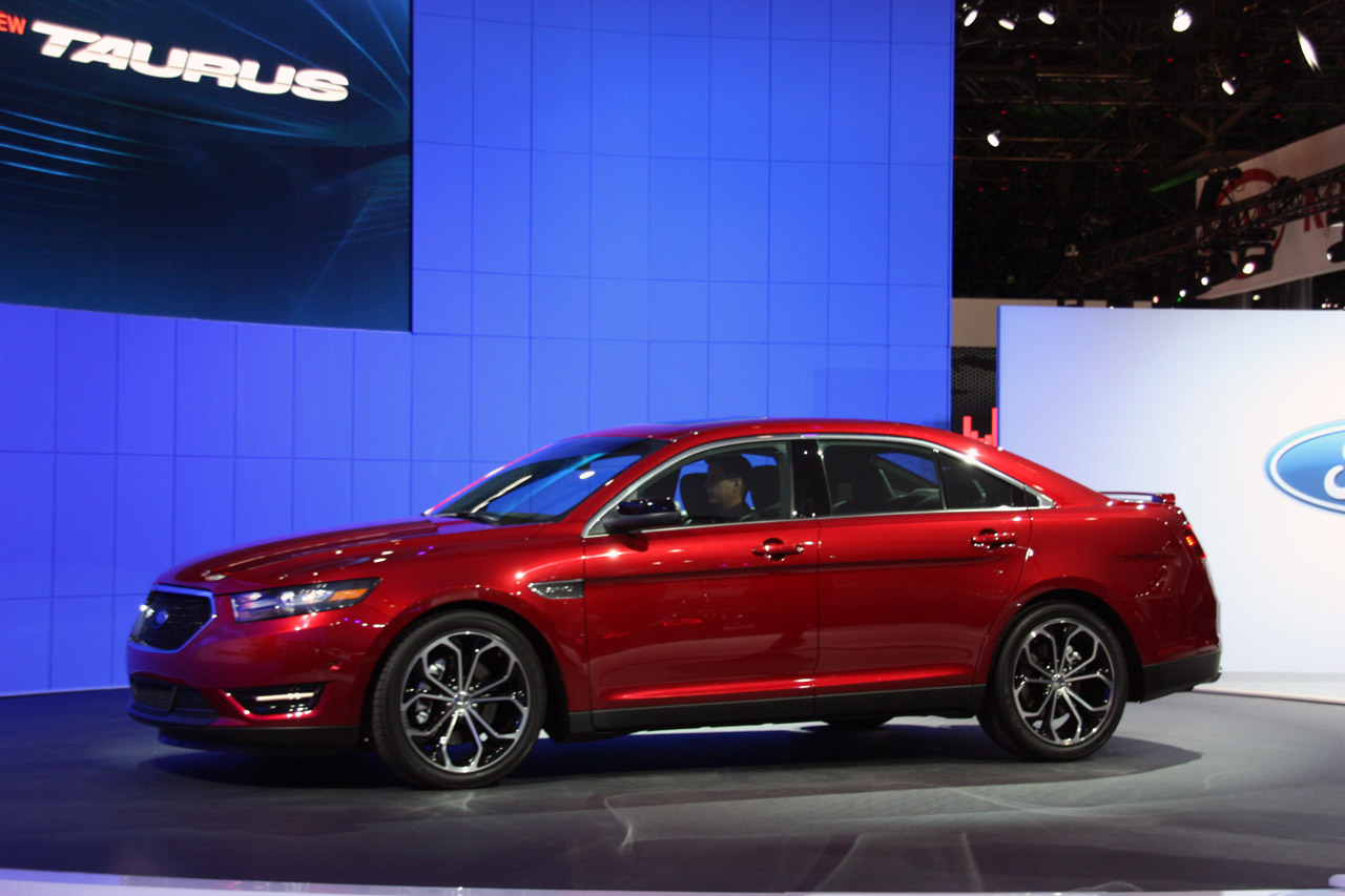 ford cars 2013 ford taurus sho. Black Bedroom Furniture Sets. Home Design Ideas
