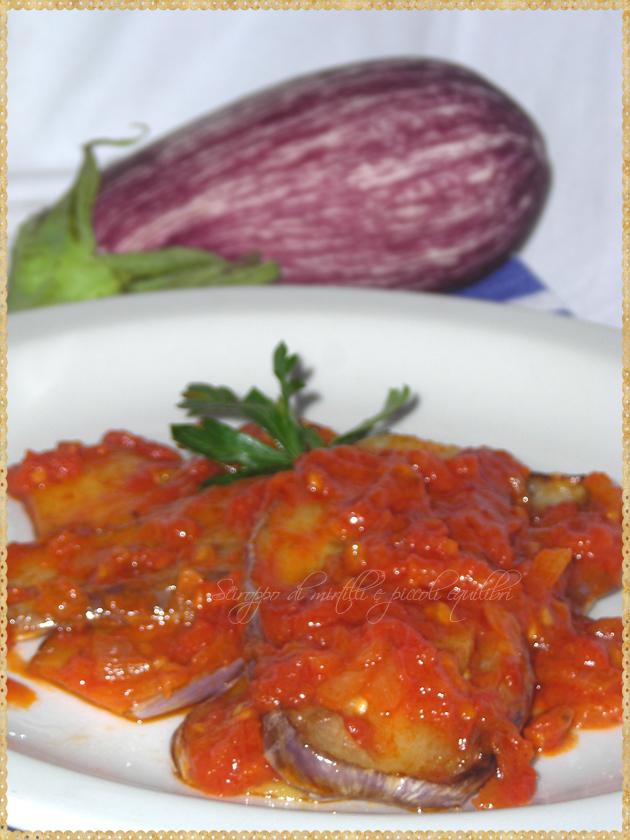 Melanzane patate cipolla e pomodori