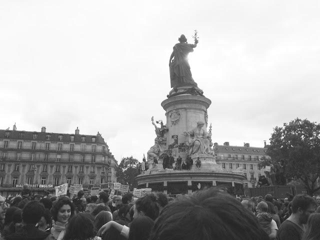 place de la république rassemblement citoyen migrants  blog maman enfant famille paris instit maitresse