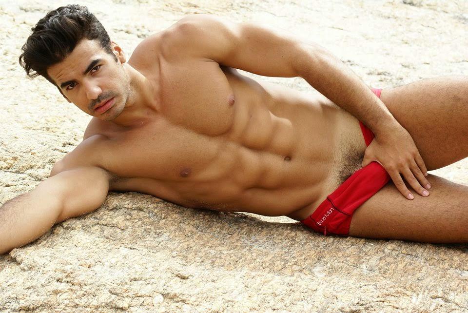 Cesar Chiappetta sexy