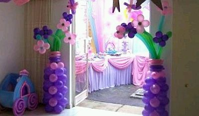 Decoracion de fiestas infantiles con flores for Decoracion salon infantil