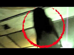 Group of Girls Encounters a Terrifying Spirit Caught on Tape