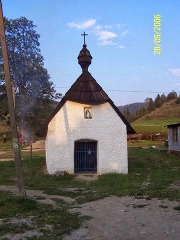 Pieniny-kapliczka w Jaworkach