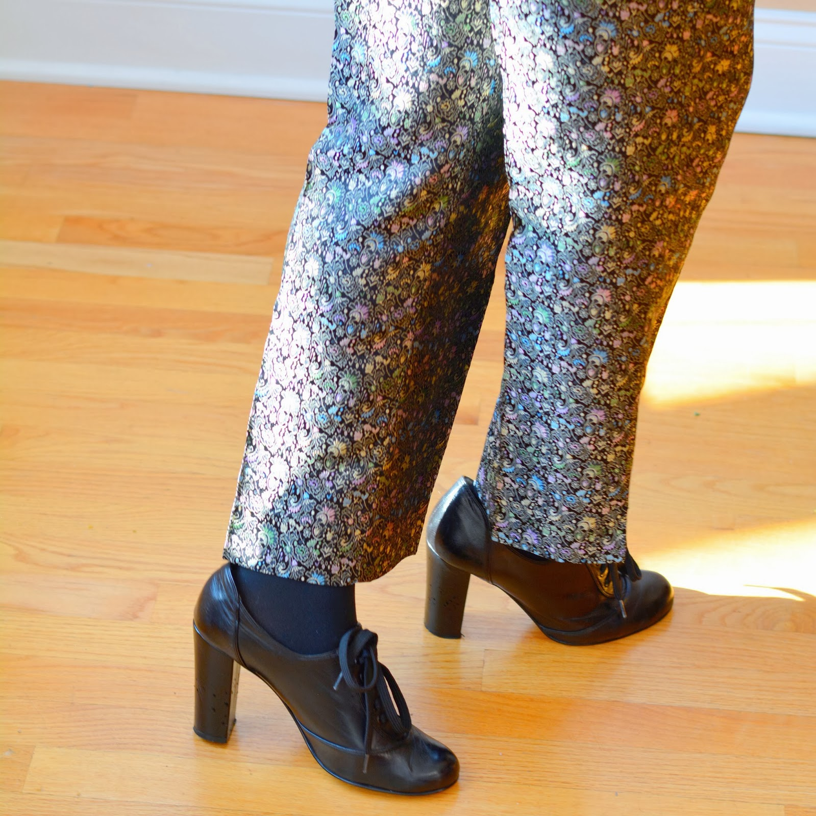 what shoes to wear with ankle length pants