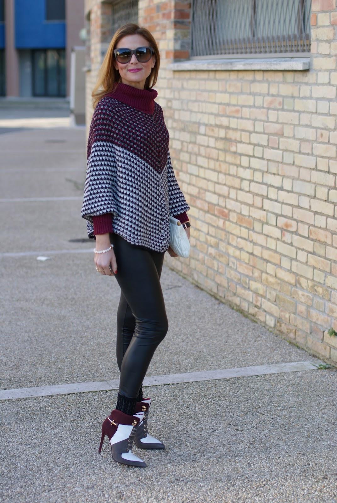 Jadea leggings galà, leather leggings and Smash! Prolix sweater on Fashion and Cookies fashion blog, fashion blogger style
