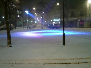 Place Pinel Paris Neige L'1so- Où Ai-Je La Tête ?