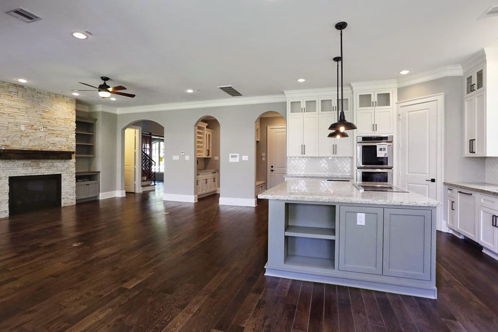 Christie chase 417 spec house style for Spec home builders near me