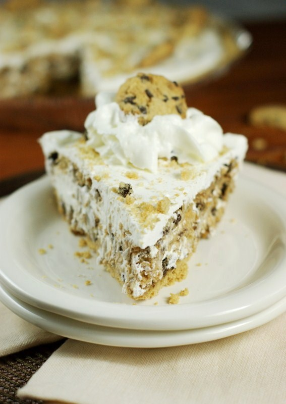 No-Bake Chocolate Chip Cookie Pie {made with Chips Ahoy ...