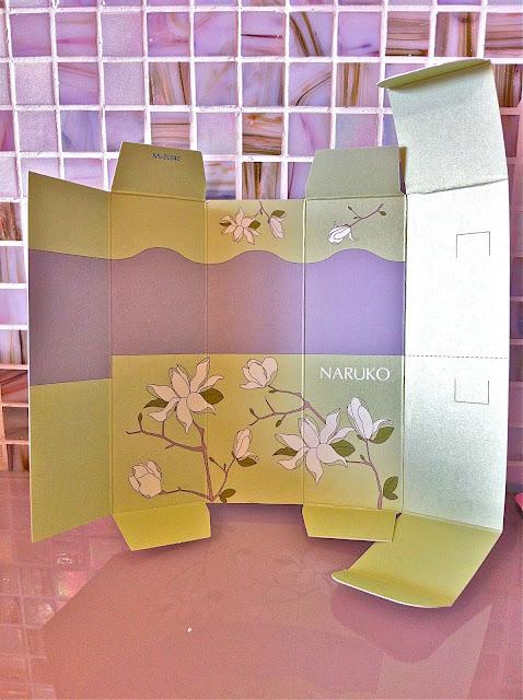 Naruko Magnolia Brightening Firming Spray