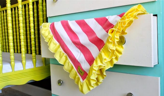 Ruffle Edge Baby Blanket Tutorial by MADE - TONS of baby blanket tutorials!