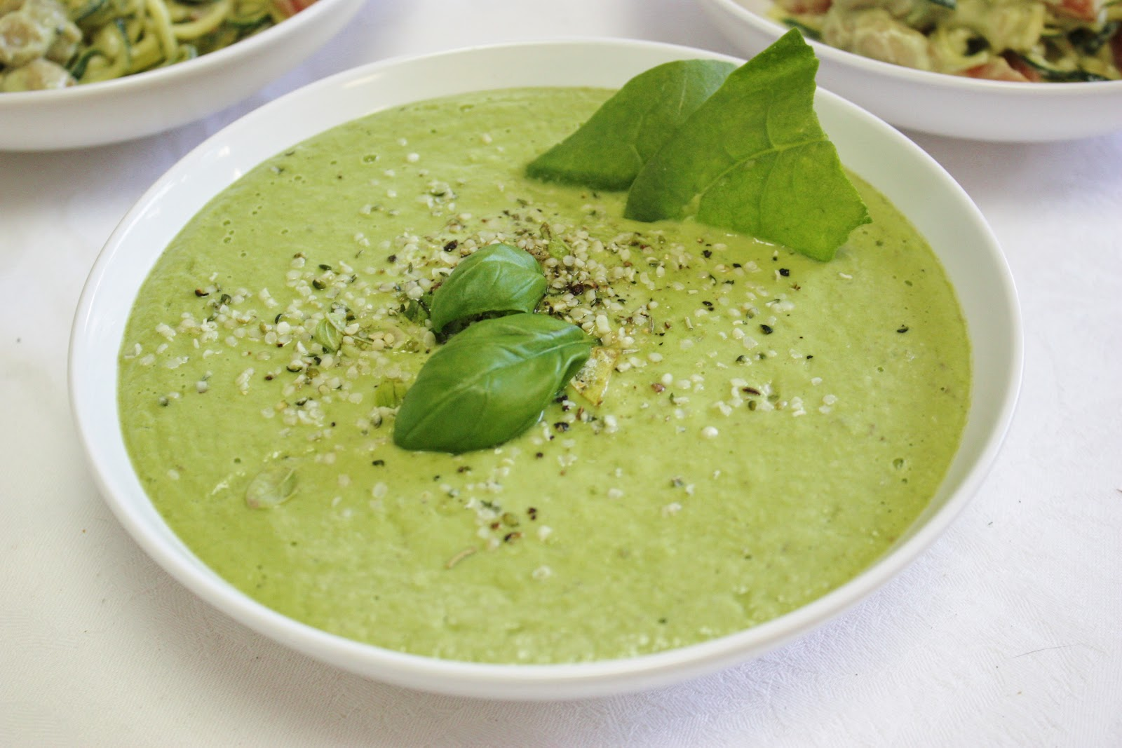 This Rawsome Vegan Life: creamy zucchini pasta & avocado soup