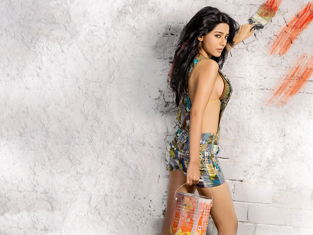 ... sizzling hot bollywood wallpapers