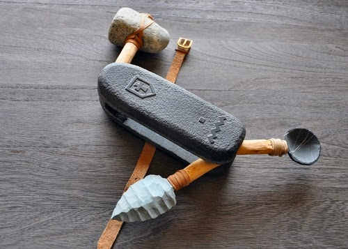 18-Caveman-Swiss-Army-Knife-Sculptor-Hirotoshi-Ito-aka-jiyuseki-Stone-Art-Sculptures-www-designstack-co