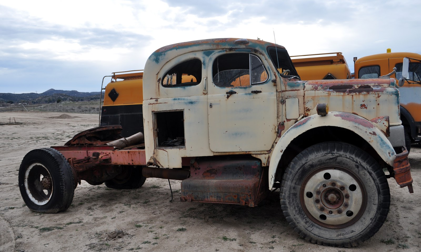 Just A Car Guy: 1957 REO model A630 sleeper cab, showing the design ...