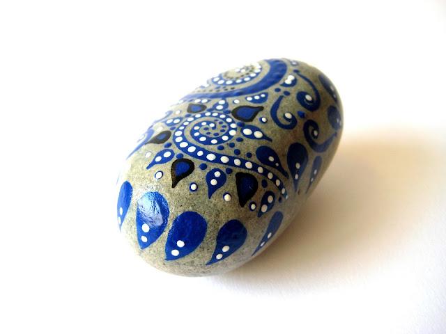 piedra-de-playa-pintada