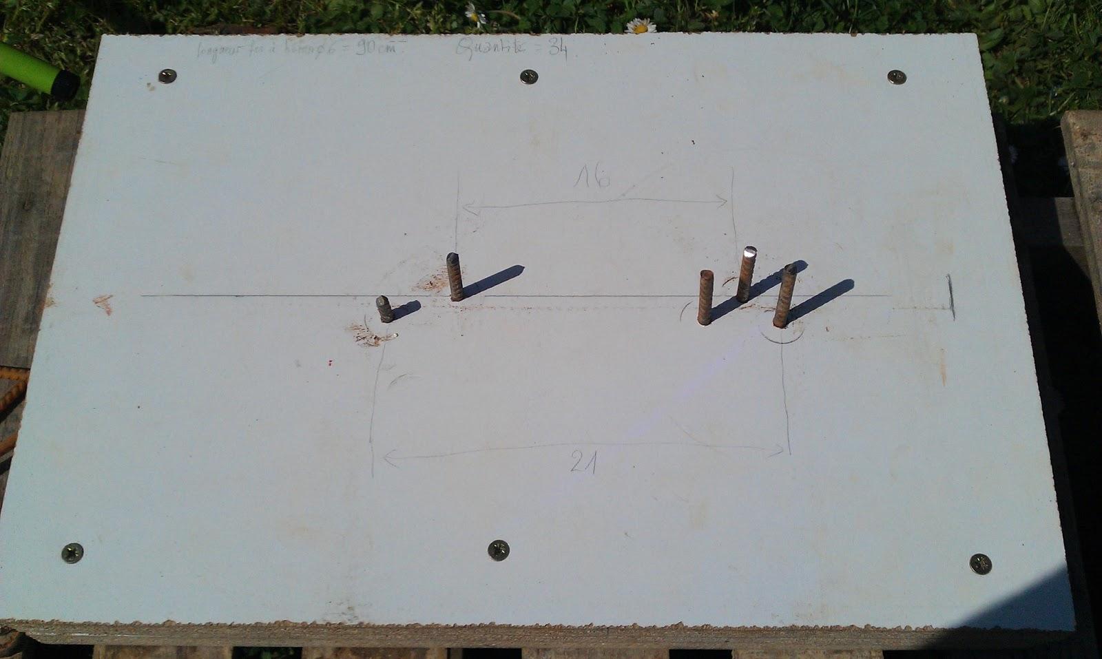 pliage de fers b ton sur l vation ossature bois en auto construction. Black Bedroom Furniture Sets. Home Design Ideas