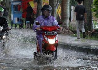 3 Tips Ampuh, Agar Motor Bebas Dari Karat Saat Musim Hujan