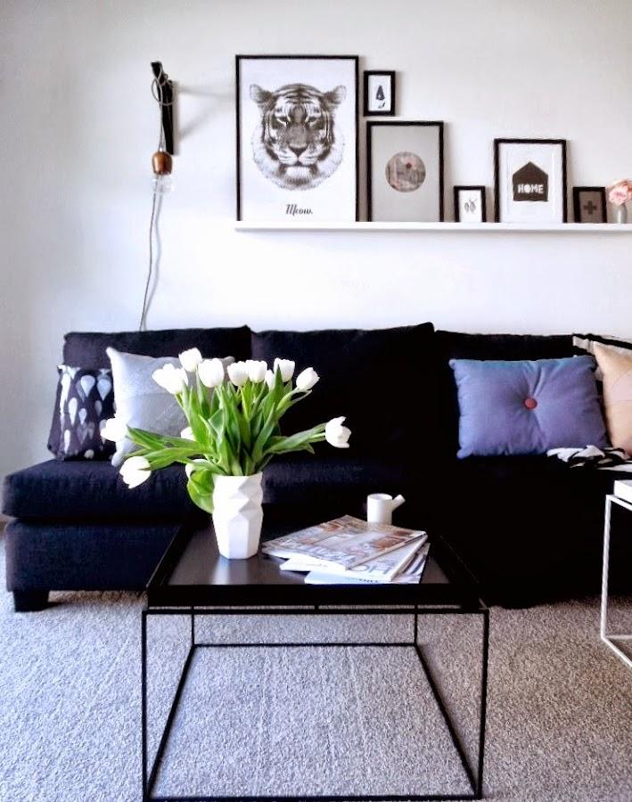 Sofa gris oscuro for Idea deco en blanco y negro