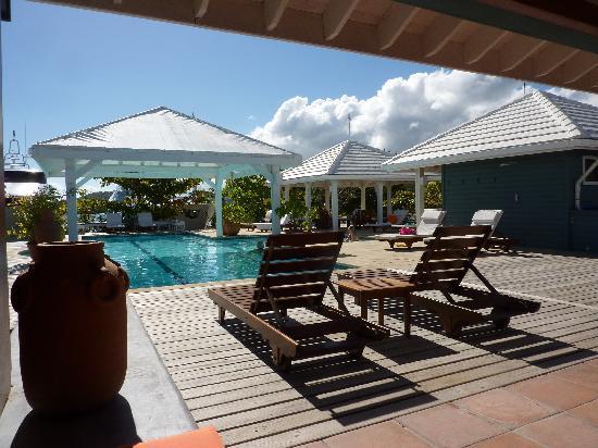 Vacation Barefoot Travel Blog: April 2011