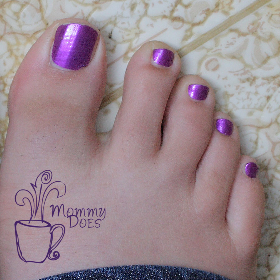 Mommy Does Her Nails: Incoco Pedicure Nail Strips Review
