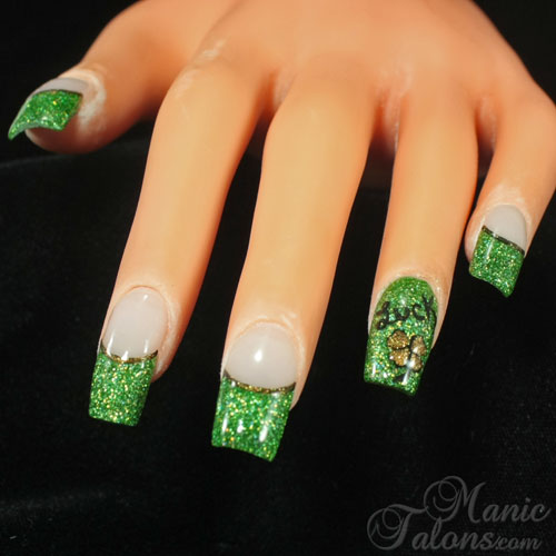 St. Patrick's Day Glitter Acrylic Nails Design