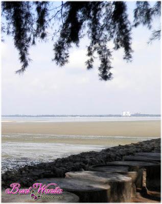 Tempat Menarik dan Best Di Kuantan Pahang, Taman Teruntum dan Pantai Tenang Berhampiran