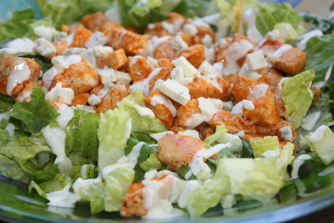 pass the peas, please: hot n spicy buffalo chicken salad