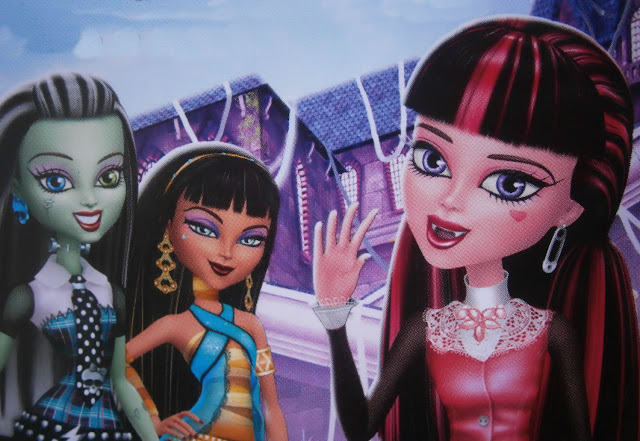 monster high ghouls rule characters frankie draculaura and friends